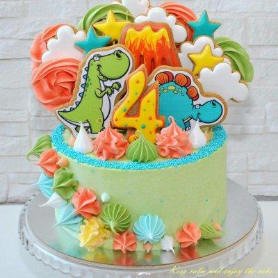 Торт с динозаврами №5