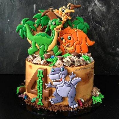 Торт с динозаврами №12