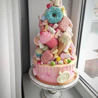 Торт со сладостями №20