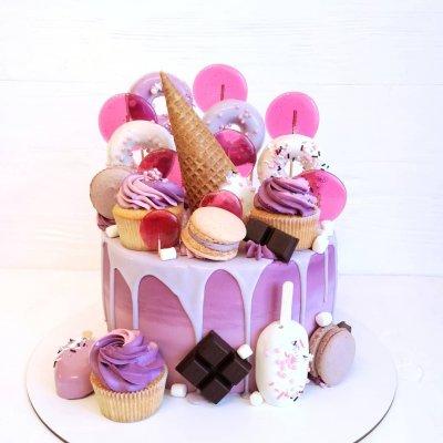 Торт со сладостями №21