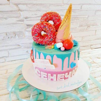Торт со сладостями №23