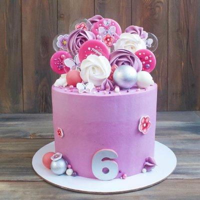 Торт со сладостями №18