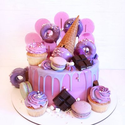 Торт со сладостями №22