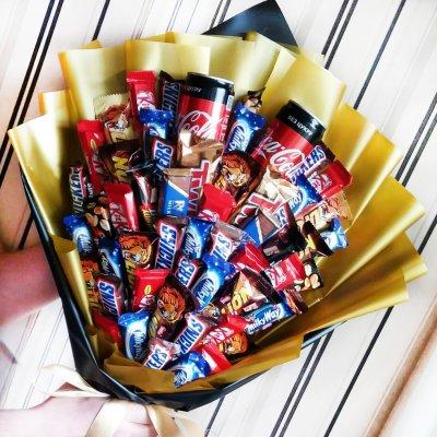 Букет из шоколадок 13
