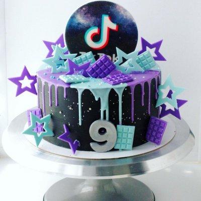 Торт Тик Ток 8